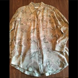 Equipment Femme Silk Camo Blouse in Size Small
